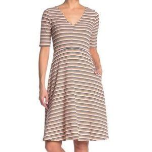 NWOT Socialite Striped V Neck Midi Dress Small